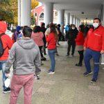 AUTORIDADES REFUERZAN DISTANCIAMIENTO Y AYUDA DE TRÁMITES EN PUNTOS DE AGLOMERACIÓN EN CHILLÁN
